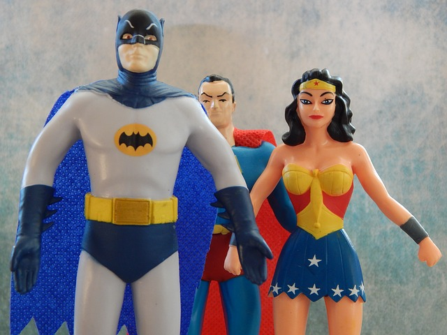 superheroes-534104_640